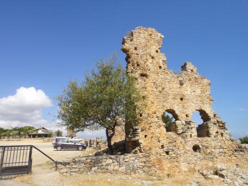 анемуриум стена города anemurium