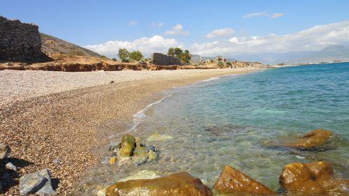 пляж в анемуриуме anemurium