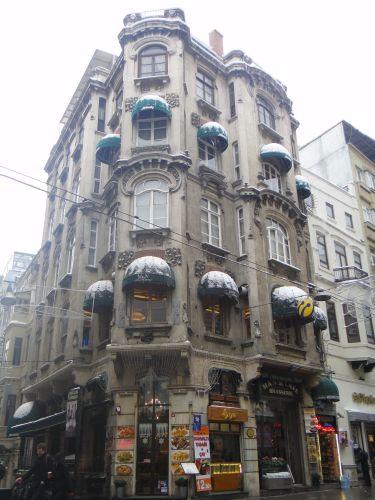 улица Истикляль Стамбул европейская улица