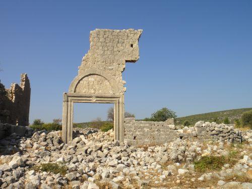 Канлыдиване kanlidivane портал в церковь