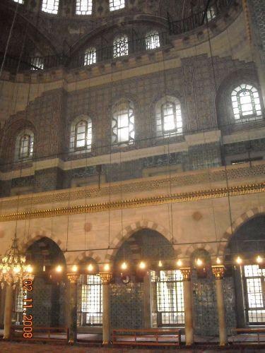 как выглядит новая мечеть йени джами внутри