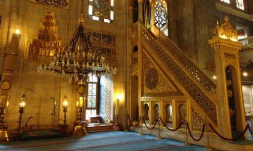 михраб и минбар новая мечеть в стамбуле