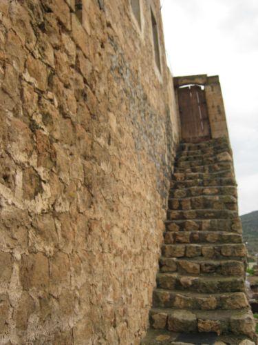 савур внутренняя лестница