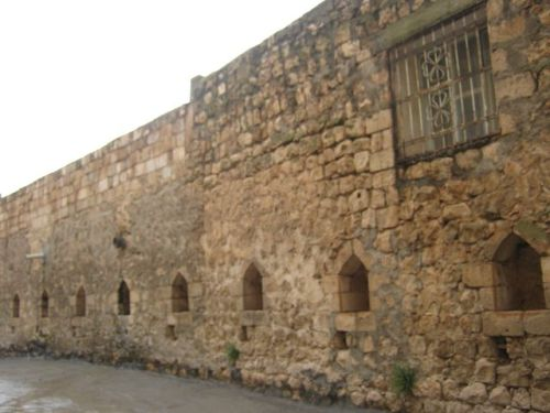 крепостные стены савура