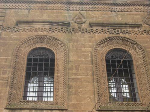 Савур окна старинных особняков