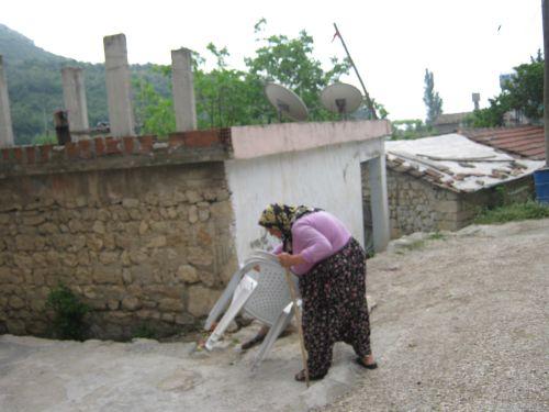 хадырбей местные жительницы