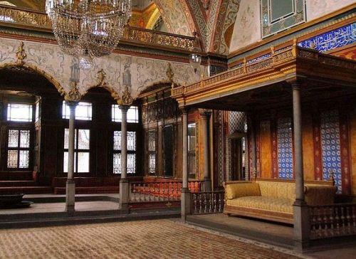 тронный зал гарема