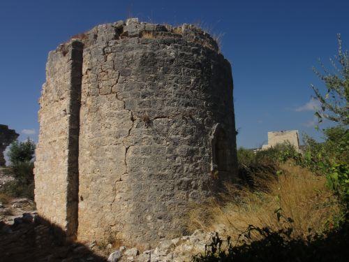 крепость корикос кызкалеси круглая башня