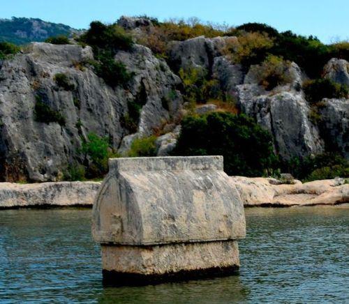 симена затопленная гробница