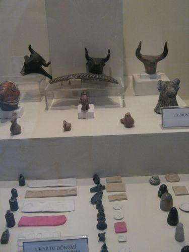 ван достопримечательности археологический музей древние экспонаты