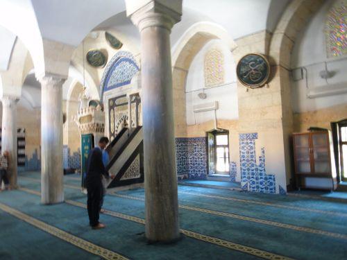 достопримечательности история адана великая мечеть интерьер