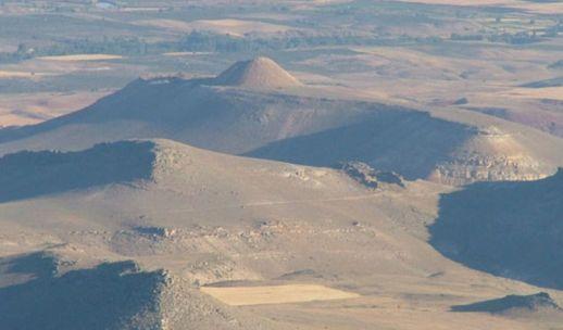 холм Чеч Аванос Каппадокия