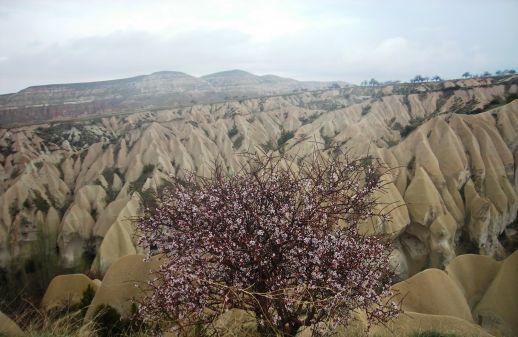 Долины Мескендир, Красная и Розовая Каппадокия