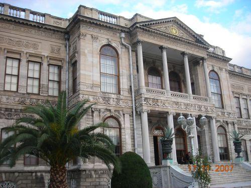 дворец долмабахче стамбул здание