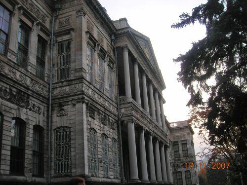 дворец долмабахче стамбул фасад