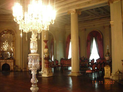 дворец долмабахче стамбул интерьер
