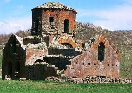 Красная церковь Каппадокия Турция