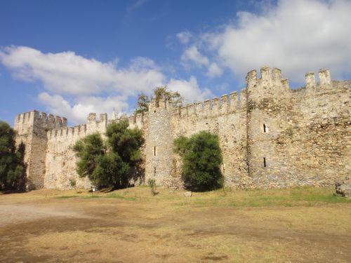 крепость мамуре mamure kale башни