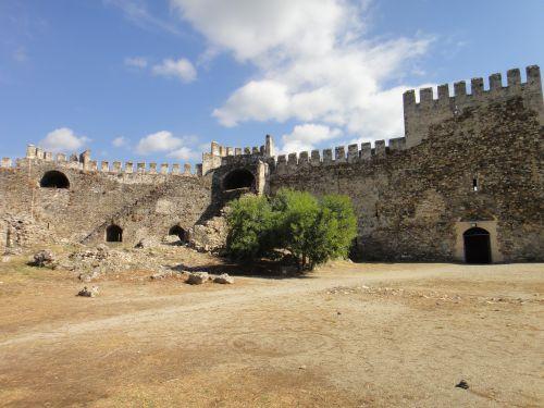крепость мамуре mamure kale внутри
