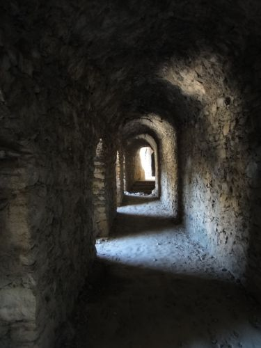 крепость мамуре mamure kale коридор