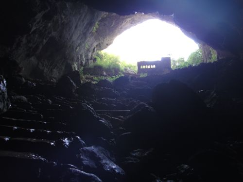 выход из пещеры Рай Дженнет Пещеры Рай и Ад, Астма