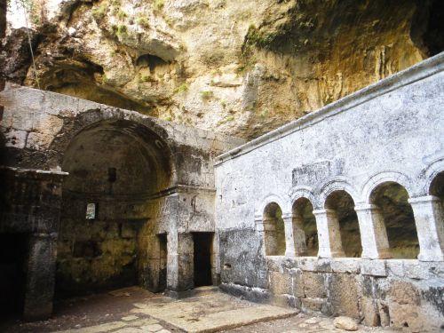 пещера Рай Дженнет церковь Девы Марии Пещеры Рай и Ад, Астма
