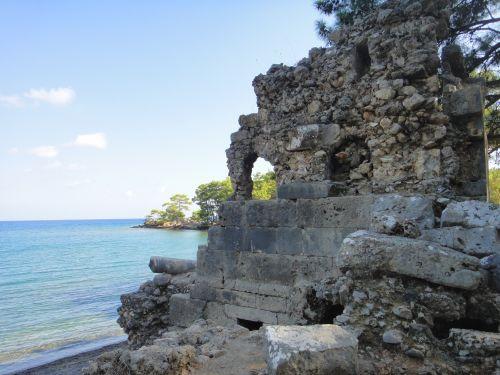 Некрополь в Фазелисе