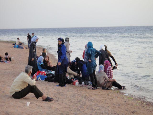 south beach южный пляж Акаба Иордания