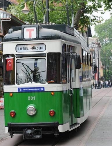 Старинный трамвай ностальжи в Бурсе