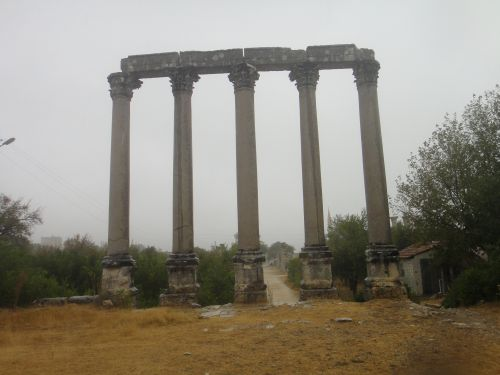 Узунджабурч uzuncaburc храм Тихе