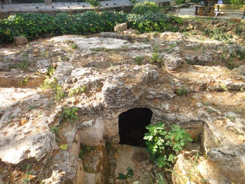 водопад верхний дюден древние захоронения