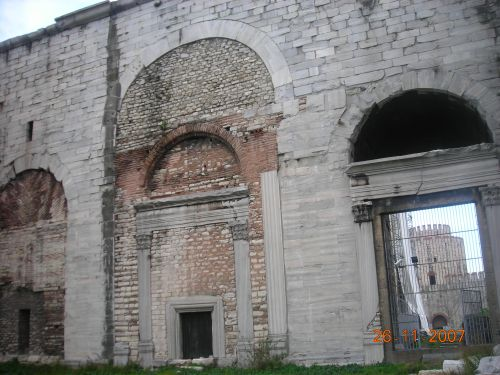 Золотые ворота Едикуле Йедикуле